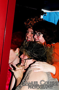 Finding out how many people can fit in the photobooth.