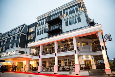 25 - RobertEvansImagery com Hotel Landing  11-4-17  BX2A8396