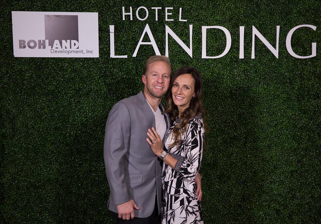 376 - RobertEvansImagery com Hotel Landing  11-4-17  BX2A8838