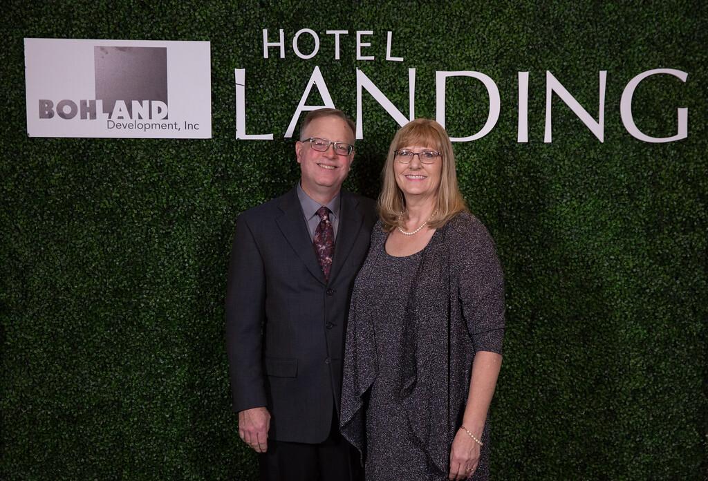 362 - RobertEvansImagery com Hotel Landing  11-4-17  BX2A8823