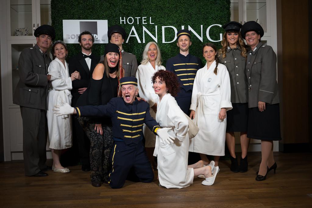 1505 - RobertEvansImagery com Hotel Landing  11-4-17  A7204430