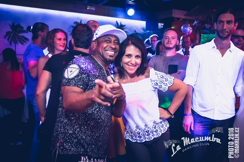 20160918-003343_0052-lm-birthday-party-descarga