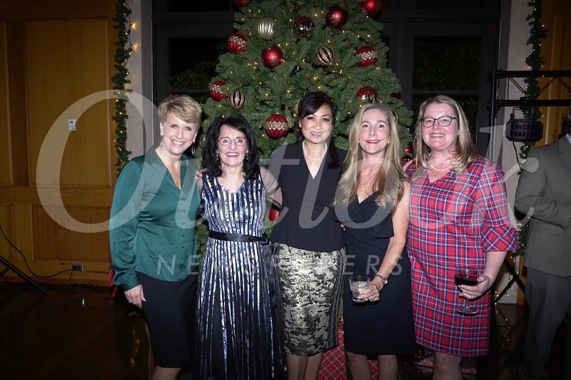 Mary Lee Blaylock, Marilyn Simon, Yennis Wong, Anne Kislingbury and Natalie Wycoff
