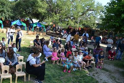 DSC_ Families enjoying the music sing along performance 3448