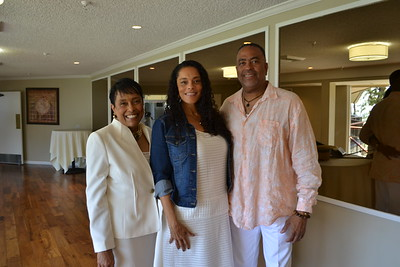 Delta Foundation Hosts 'White Linen Affair'