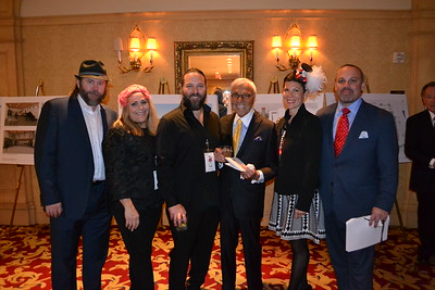 The Mozilo family was on hand as Phyllis Mozilo was honored, including Mike and Kristy Larsen, Scott Acosta, Angelo Mozilo, and Terri and Eric Mozilo.