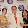 Head of School Steven Sherman is flanked by gala co-chairs Lisa Freer and Lisa Hall
