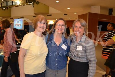 DSC_  Betty Tabell, Linda Rojas and Teresa Parsekian0121