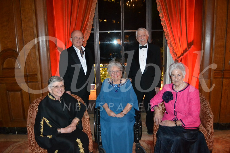 Honorees Mireya and Larry Jones, Lacreta and Jack Scott, and Helen Baatz