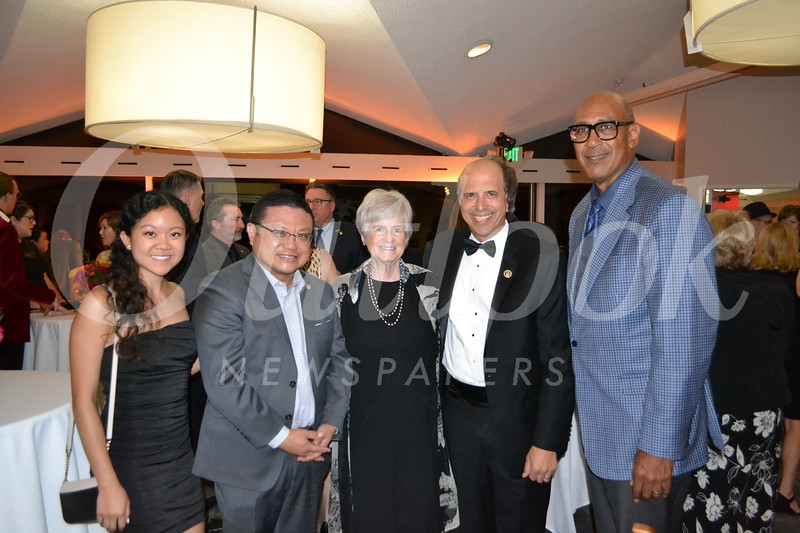 Kelly and Kin Hui, Shelley Thompson, Darryl Dunn and Assemblyman Chris Holden