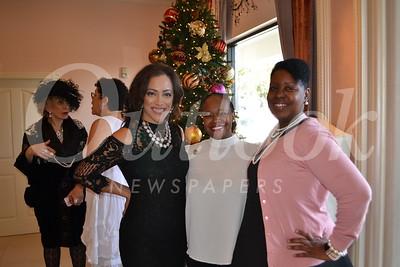 DSC_ Jennifer Jeffries, Shelby Larkin-Reid and Kenya Smith 1439