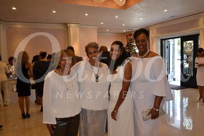 DSC_ Reta Floyd, Cookie Myers, Tara Newman and Diane Scott 1438