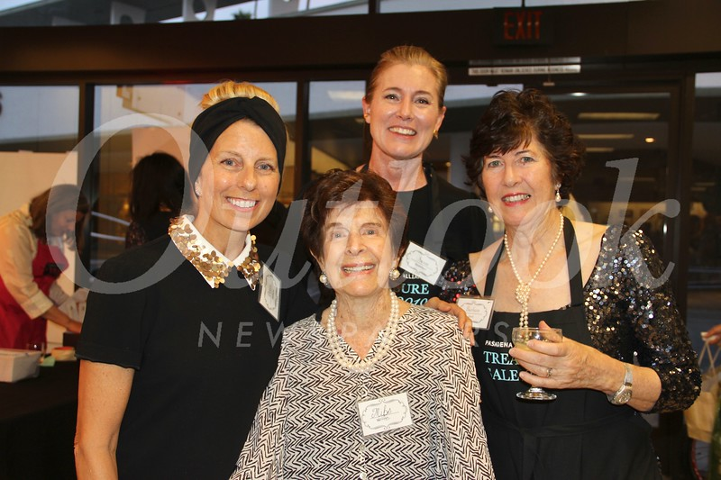 Denise Mathews, Mibs Wolfe, Susan Masterman and Barbara Davis