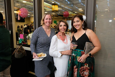 Shari Giles, Rebecca Jaham and Kelley Bernal
