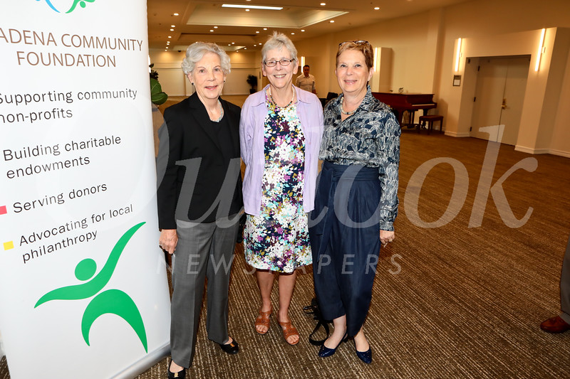 Fran Scoble, Sue Kujawa and Elisa Callow