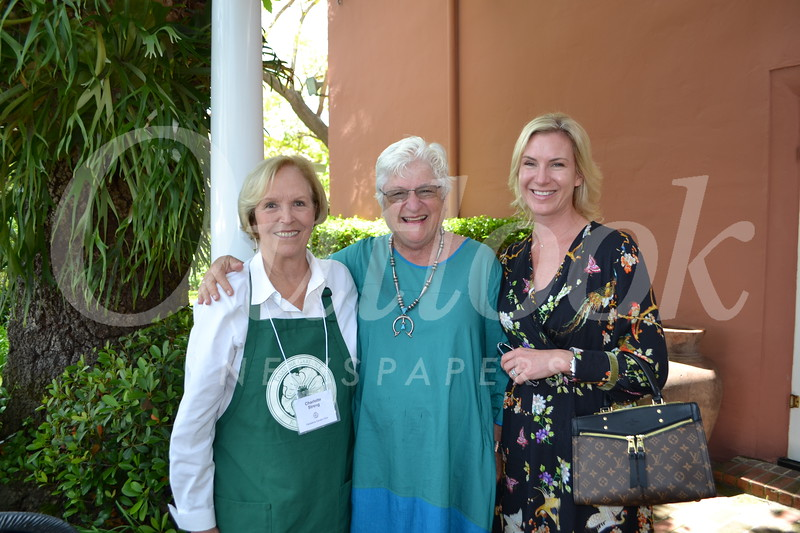Charlotte Streng, Kathy Symons and Genevieve Lindberg