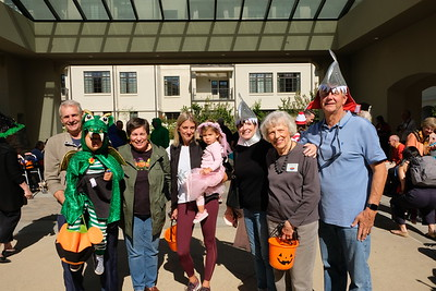 Students Show Off Costumes at MonteCedro Parade