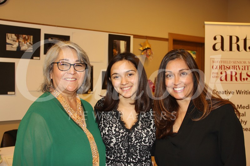 Sylvia, Elysée and Sarah Vielma