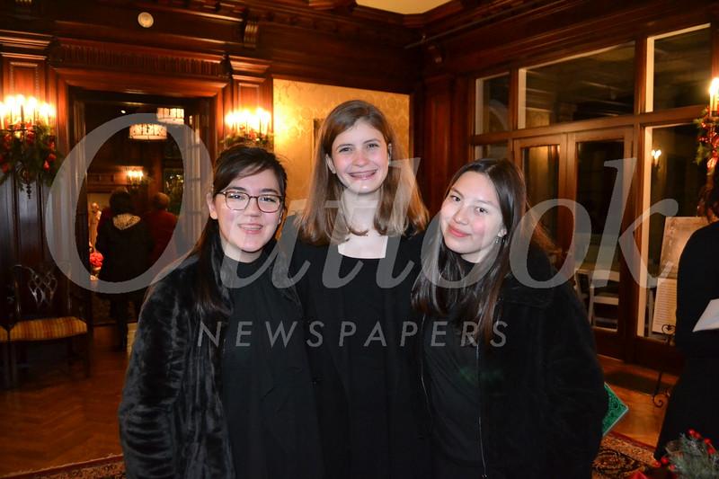 DSC_ Joan Elyse Giordano, Anna Pruyn and Lily Salazar 0572