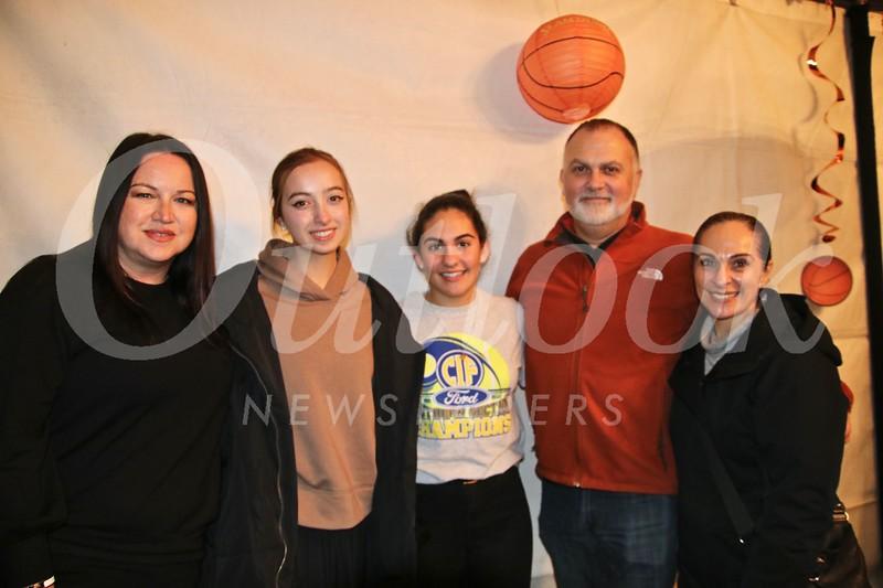 Angel and Isabella Grigorian with Gabriella, René and Stella Ledis
