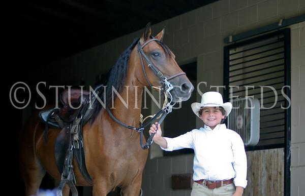 Madalina under saddle
