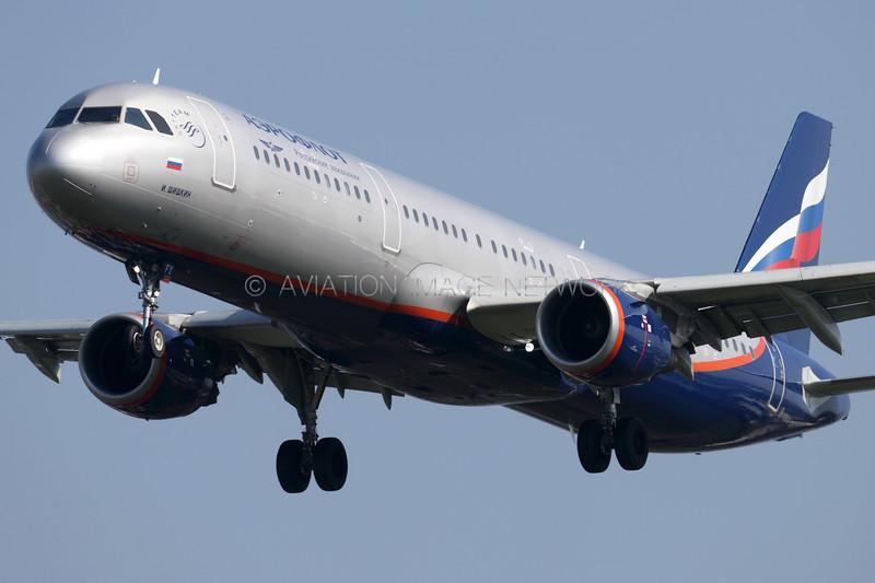 VP-BFX   Airbus A321-211   Aeroflot