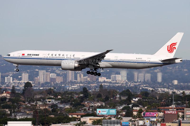 B-2033 | Boeing 777-39L/ER | Air China