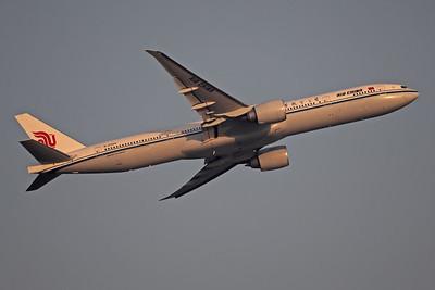 B-2089   Boeing 777-39L/ER   Air China