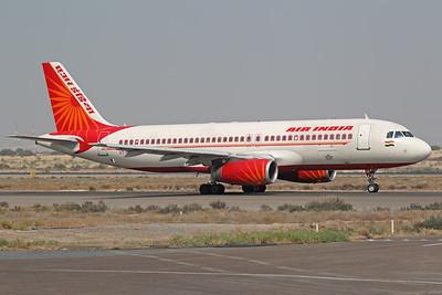 VT-ESF   Airbus A320-231   Air India