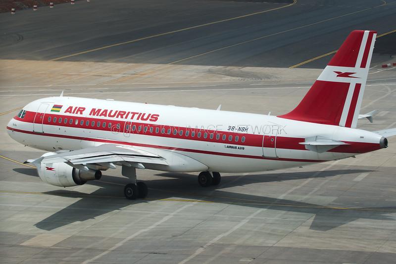 3B-NBH | Airbus A319-112 | Air Mauritius