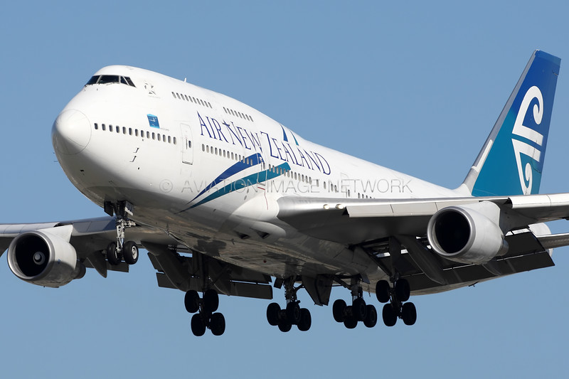 ZK-SUJ   Boeing 747-4F6   Air New Zealand