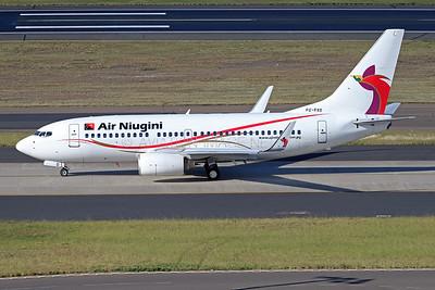 P2-PXD   Boeing 737-7L9   Air Niugini