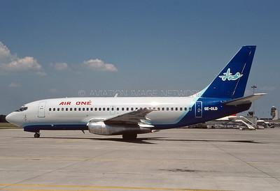 SE-DLD   Boeing 737-205   Air One (Sweden)