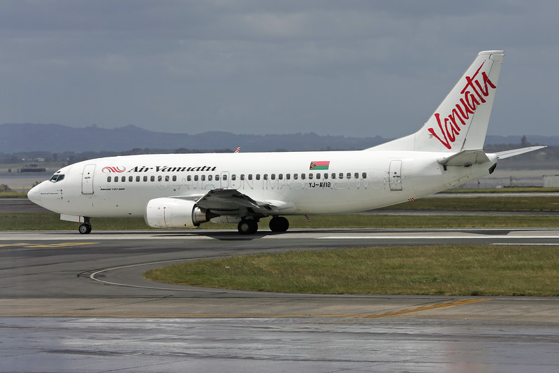 YJ-AV18   Boeing 737-3Q8   Air Vanuatu
