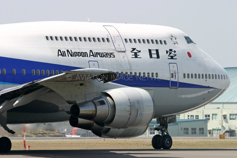 JA8957 | Boeing 747-481D | ANA - All Nippon Airways