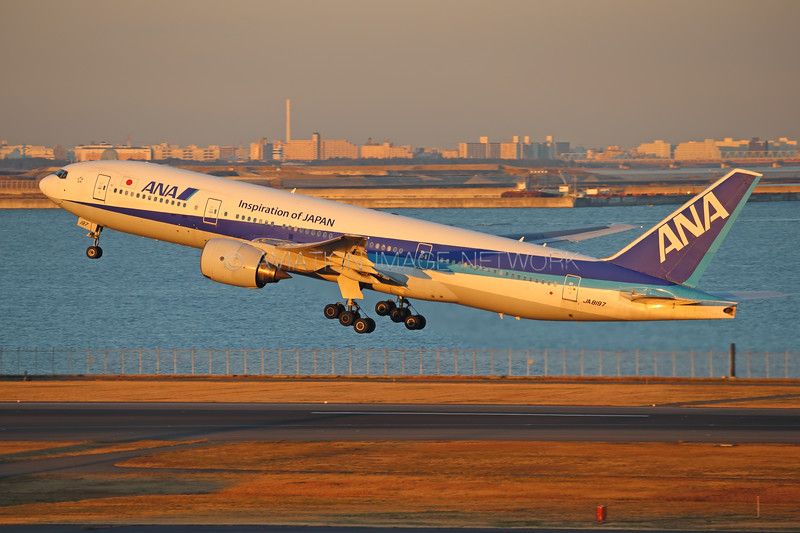JA8197 | Boeing 777-281 | ANA - All Nippon Airways
