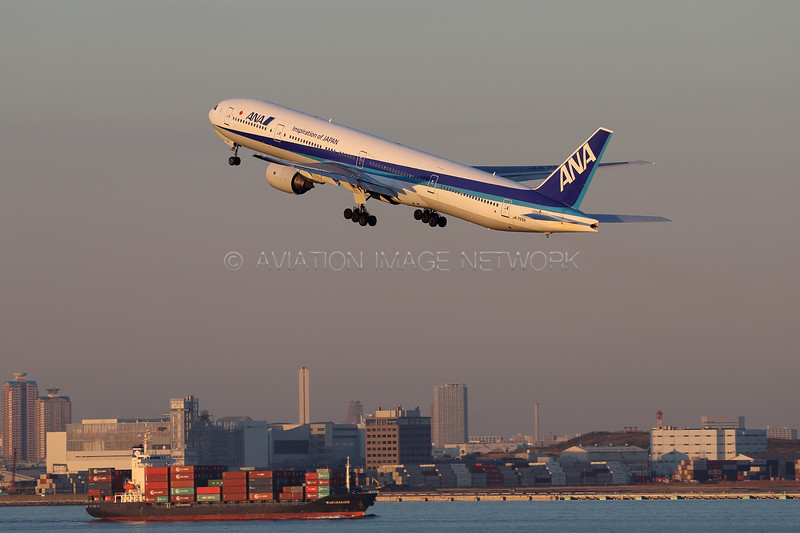 JA755A | Boeing 777-381 | ANA - All Nippon Airways
