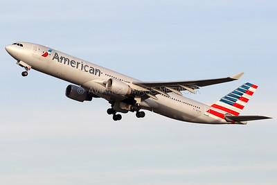 N277AY   Airbus A330-323   American Airlines