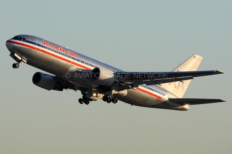 N332AA | Boeing 767-223/ER | American Airlines