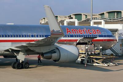 N354AA | Boeing 767-323/ER | American Airlines