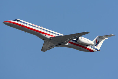 Embraer ERJ-140LR | American Eagle (Envoy Air)
