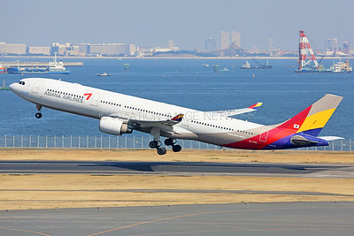 HL7793 | Airbus A330-323 | Asiana Airlines