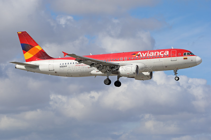 N961AV   Airbus A320-214   Avianca