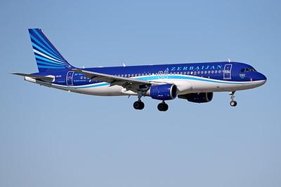 4K-AZ77 | Airbus A320-214 | Azerbaijan Airlines