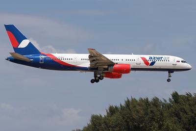 VP-BLV   Boeing 757-28A   Azur Air