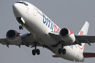 G-TOYI | Boeing 737-3Q8 | bmibaby