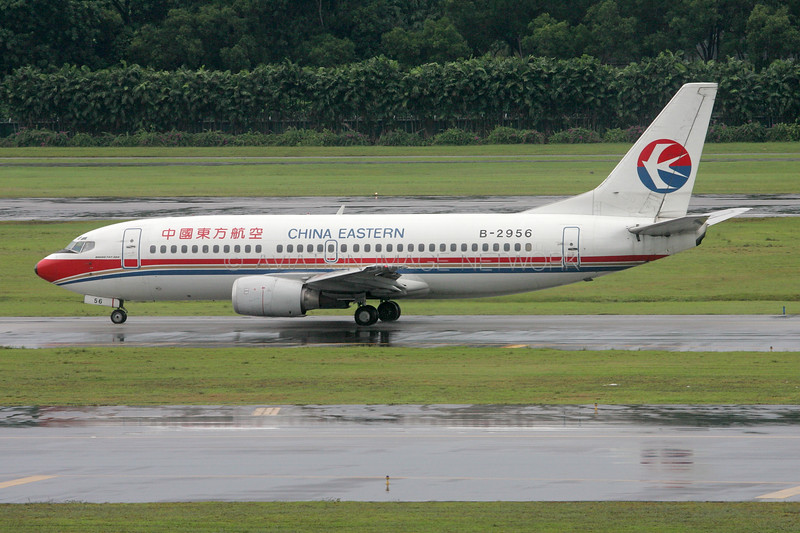 B-2956 | Boeing 737-33A | China Eastern Airlines