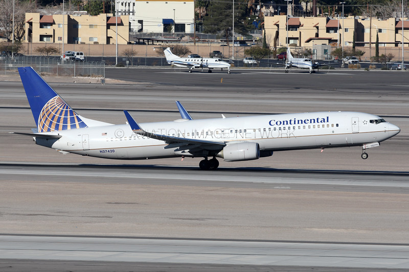 N37420   Boeing 737-924/ER   Continental Airlines