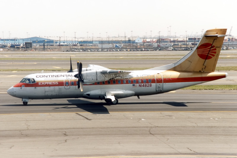 N14828 | ATR 42-320 | Continental Express (ExpressJet)