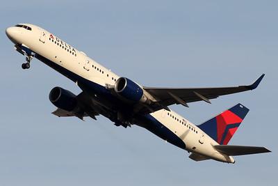 N704X | Boeing 757-2Q8 | Delta Air Lines